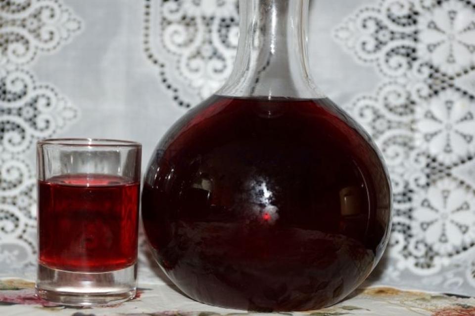 Настойка из черники на спирту в домашних условиях рецепт пошагово
