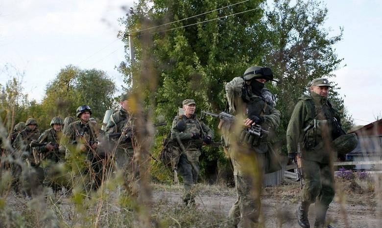 Штаб АТО: Боевики непрекращают обстрелы ВСУ навсех направлениях