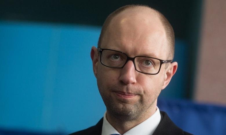 Страсти вокруг спецконфискации: Яценюк требует отПорошенко разобраться сБПП