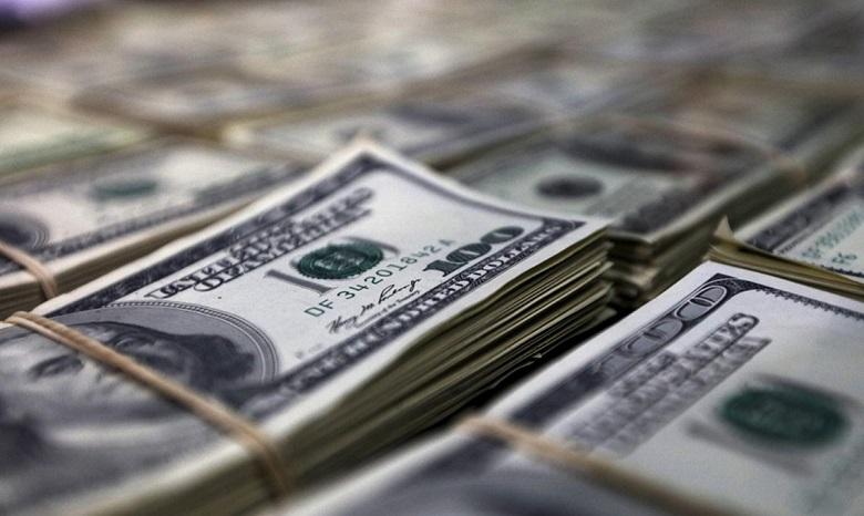 Недостаток внешней торговли превысил 2 млрд долларов