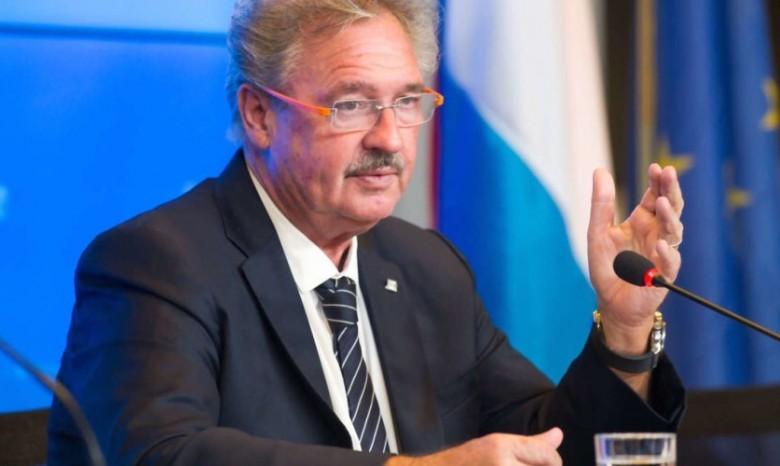 Словакия отзовет посла в РФ Петра Припутена для консультаций