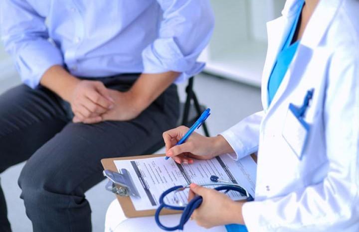 Уже два млн. украинцев подписали декларации ссемейными медиками