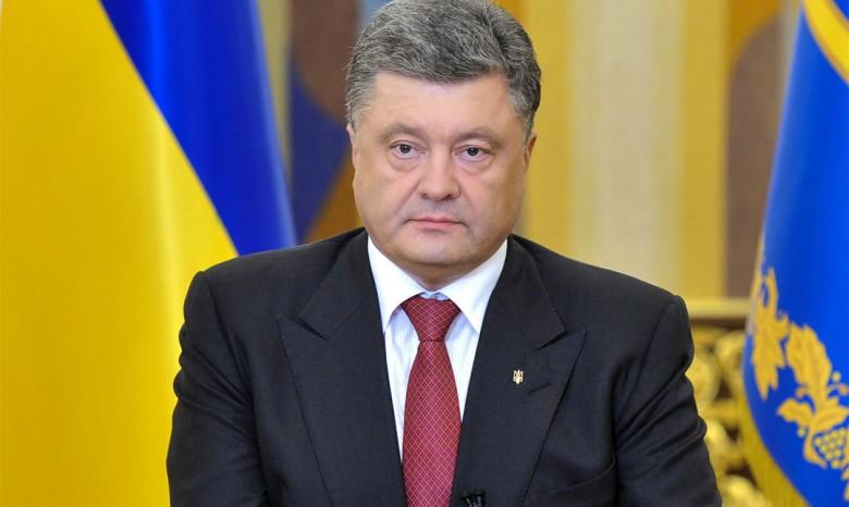 Петр Порошенко поручил МИД вернуть украинцев домой изЕгипта