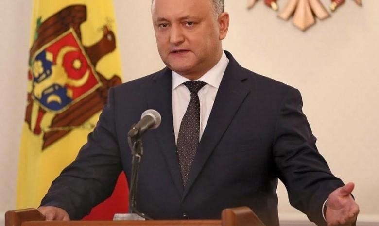 Додон объявил, что недопустит возведения баз НАТО вМолдавии